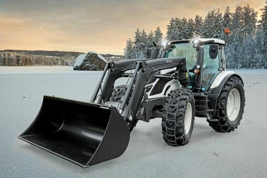 EASY ON: Her en Valtra traktor med Lilleseth Easy On 7 mm Ubrodd montert.