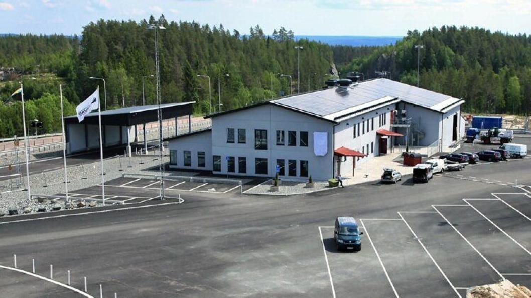 Bedre lastebilfasiliteter ved nye Hån tollstasjon ved E18 nær riksgrensen.
