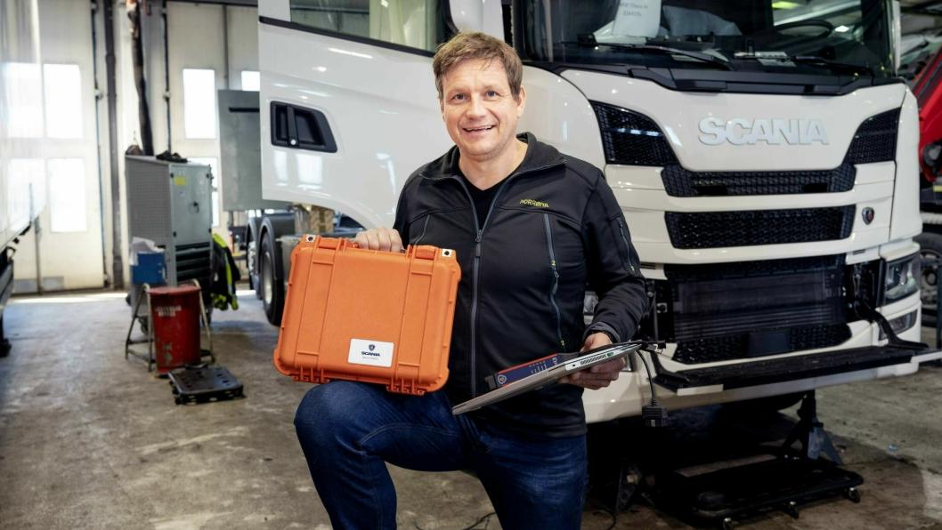 EGEN IDE: Jon Are Wethal fikk ideen om en koffert som ga tilgang til Scanias systemer over alt. Nå er SMAP-kofferten standardutstyr på alle Scania-verksteder i Norge.