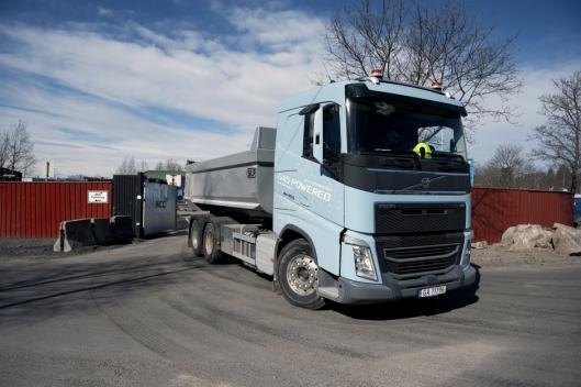 MER PLASS: Snorre Storeng har hatt større utfordringer med overgangen fra tridem til lang tandem bil enn bytte av drivstoff.