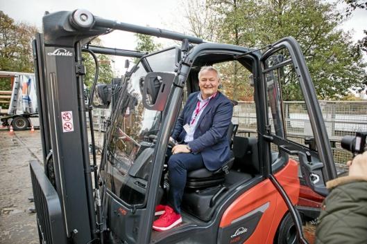 TRUCKSJEF: Per Erik Pedersen tar over som leder for Hesselberg Truck. Han kommer fra stillingen som salgsdirektør i samme selskap.