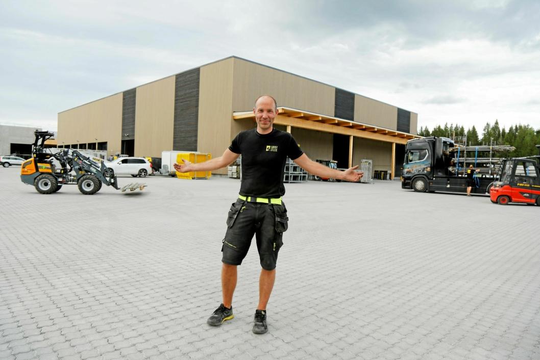 HELT NYTT: - Dette blir en boost for alle de ansatte, sier daglig leder Lars Sørby.
