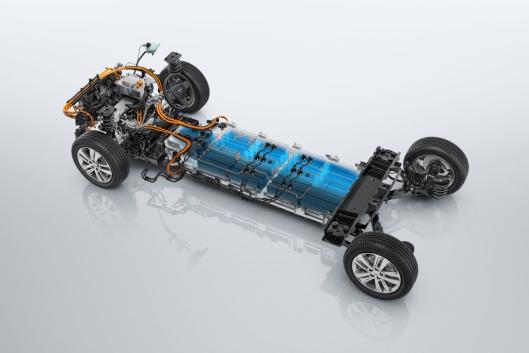 Plattformen som benyttes har lavt tyngdepunkt ved at batteriene plasseres under gulvet.