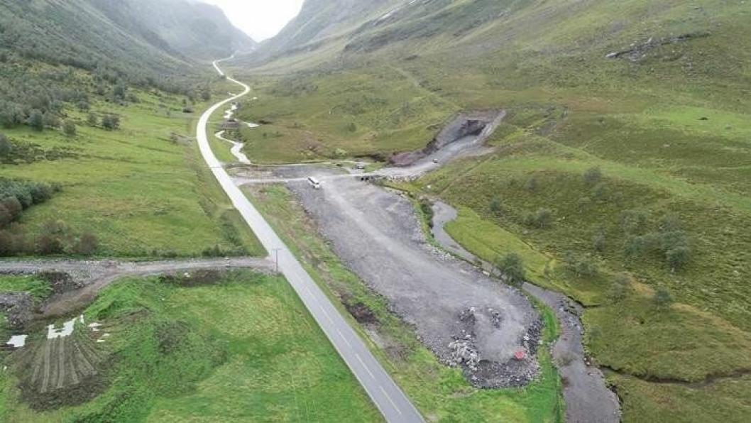 På bildet tunnelpåbygg og riggområdet på Indreeide.