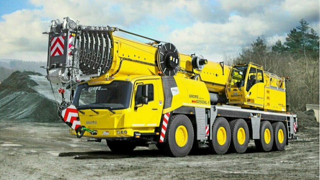 En GMK5250XL-1 er blant de nye Grove mobilkranene som Crane Norway Group har kjøpt.