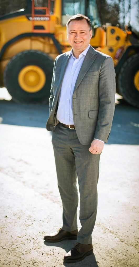 - Jeg ser frem til å ønske Gunnar velkommen til den nye rollen som ansvarlig for Productivity, sier Carl Slotte, Senior Vice President Volvo CE Europe. Foto: Volvo CE
