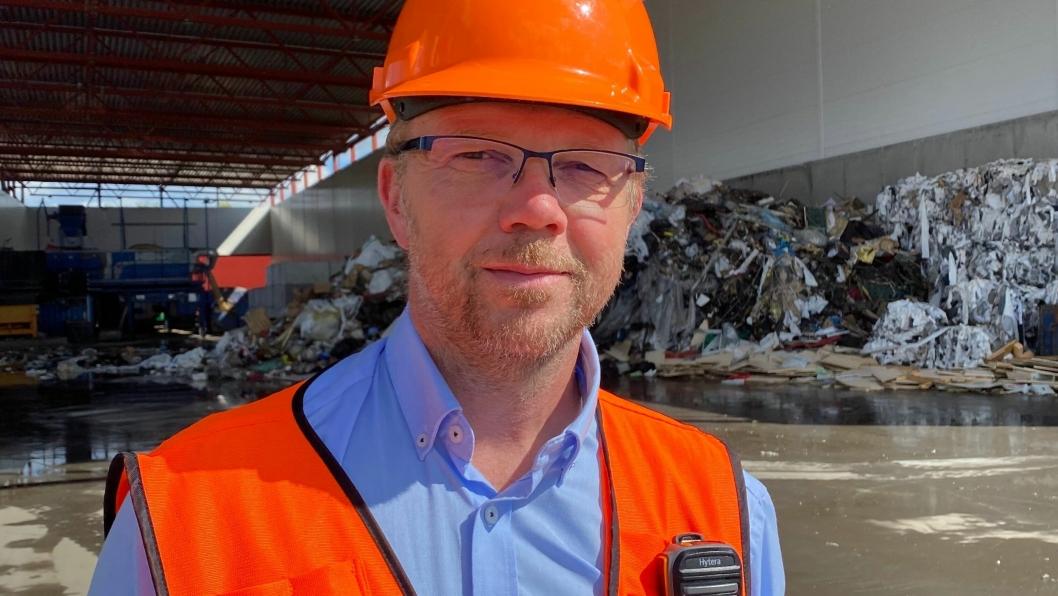 I 2018 opplevde avdelingsleder Frank Høghaugen storbrann i sorteringsanlegget til Ragn-Sells på Furnes utenfor Hamar, brannen var så kraftig at flammene sto høyt i løpet av få minutter.