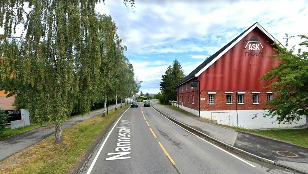 Fylkesvei 120 gjennom Ask i Gjerdrum er en av veistrekningene Hadeland Maskindrift skal drifte.