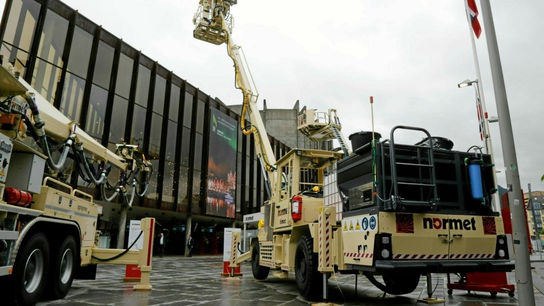 NY AVTALE: Agder tar over service på Normet-maskinene i Norge. Her er Normet-utstyr fra World Tunnel Congress som ble arrangert i Bergen i 2017.
