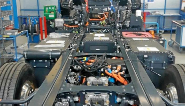 Nikola Tre under produksjon i lm i Tyskland.