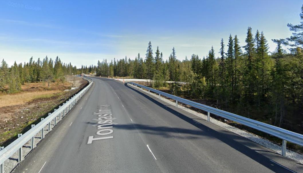 Bilde fra fylkesvei 33, Tonsåslinna, i september 2019, da Contexo fortsatt arbeidet på prosjektet.