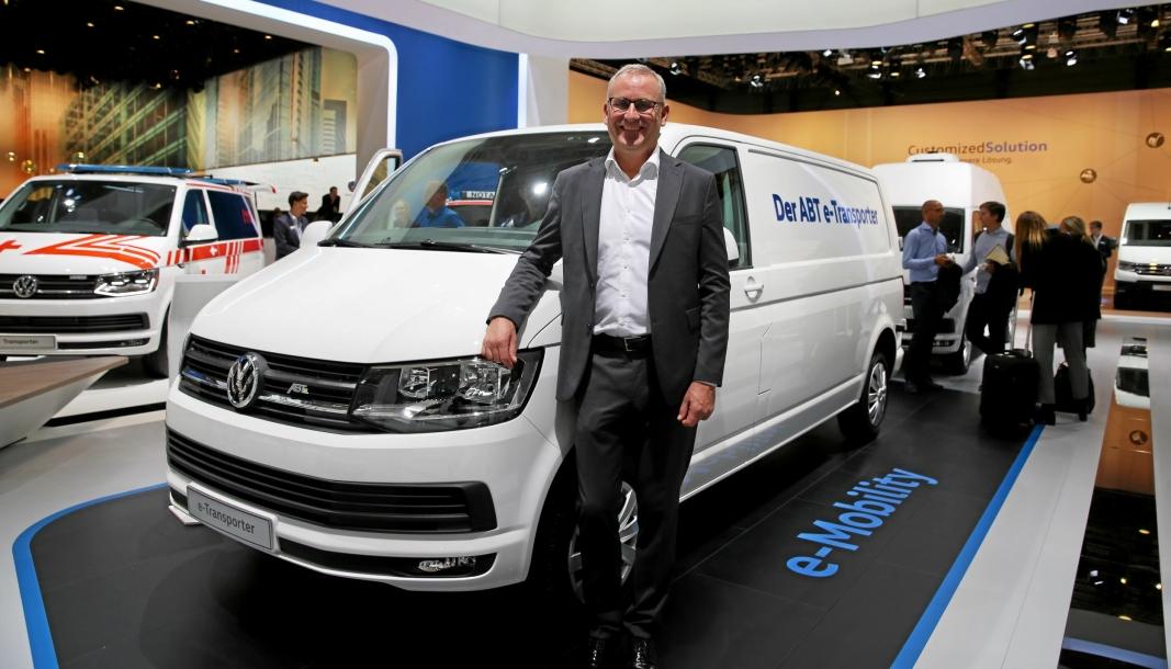 Volkswagen viste de elektriske modellene ABT e-Caddy og ABT e-Transporter under IAA i 2018. Den gangen uttalte nyttekjøretøysjef Håkon Wirak at bilene ville passe perfekt i Norge, men etter store forsinkelser og endrede spesifikasjoner og forutsetninger har de nå besluttet å ikke importere modellene til Norge.