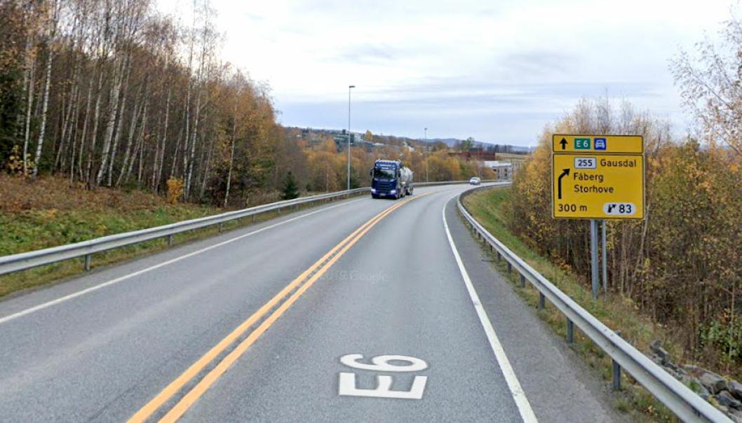 Det skal bygges ny firefelts vei nord for Lillehammer. Men ingen av de fem tilbudene ble godkjent.