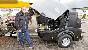 KÄRCHER: Glenn Syrrist med Kärchers høytrykkspylehenger HDS 17/20, verdens første.