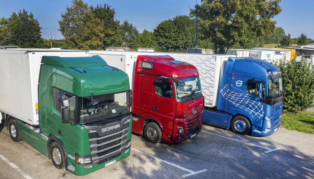 Scania, Volvo og Mercedes-Benz er på pallen etter årets første tre kvartaler i år som i fjor, men alle har solgt færre lastebiler. Illustrasjonsbilde fra en test i utlandet.