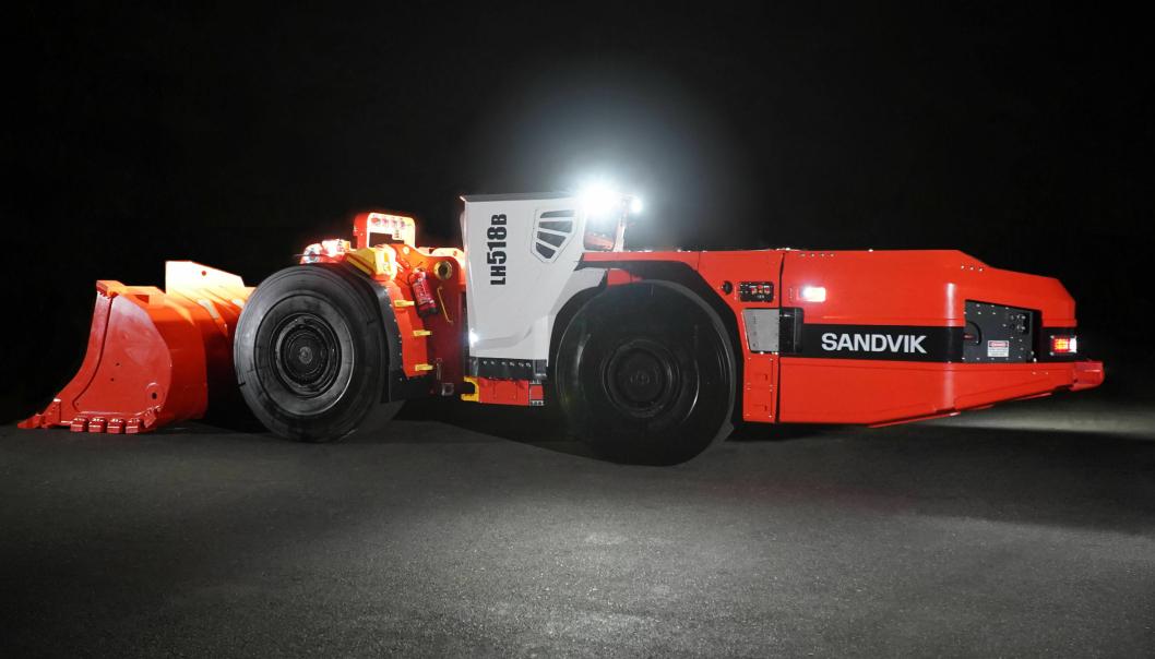 Nye Sandvik LH518B.