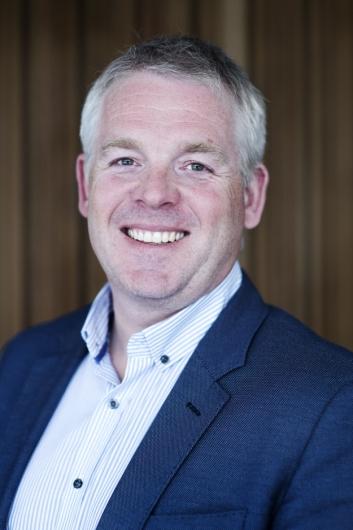 Bjørn Velken, anleggsdirektør i Kruse Smith, er fornøyd med å ha landet to store kontrakter.