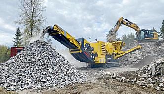 Keestrack B5e grovknuser med inntak 1100x700 mm med kilejustering på spalt, er en nyhet i 2020.