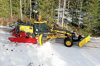 Sidevinge, snø-/grusstopper og grusstrengspreder