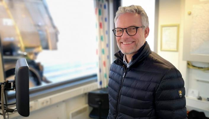 - Selv med gode vinterdekk og kjetting, er det sjåførens ansvar å avpasse farten etter forholdene og om nødvendig vente med å kjøre til det blir bedre føreforhold, sier leder for utekontroll i Statens vegvesen, Kjetil Wigdel.