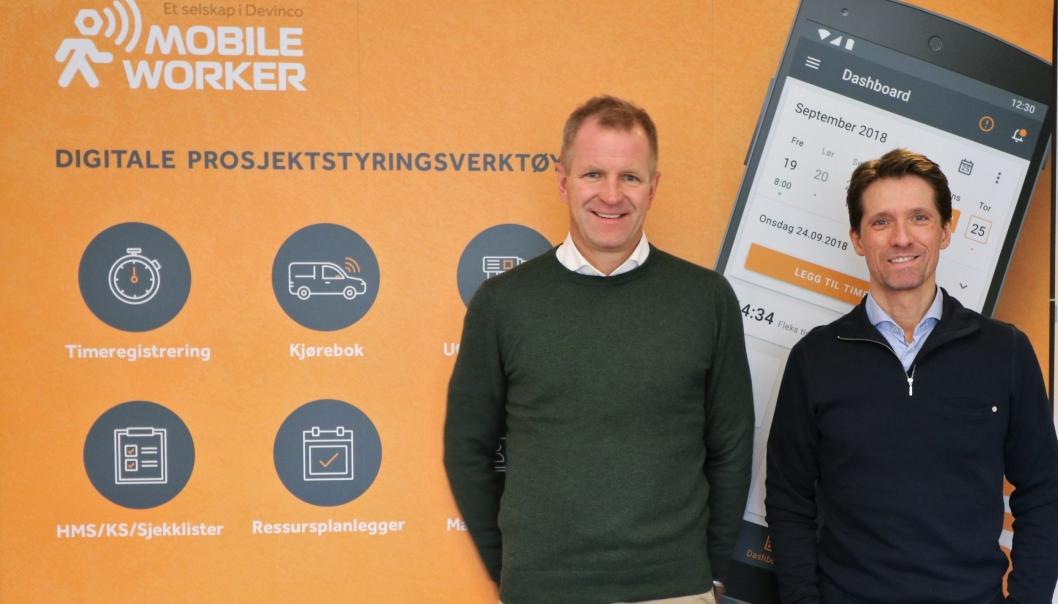 Daglig leder Stig Bredvei (t.v.) og produktansvarlig Ole Tom Kolstad i Mobile Worker gleder seg til lansering i starten på 2021.