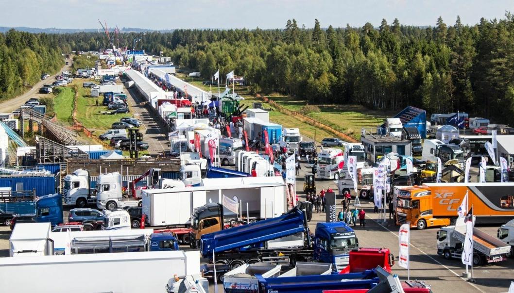 I 2021 er Transportmessa tilbake på stedet der de besøkende og utstillerne har likt seg best, på den intime «stripa» ved siden av østre rullebane på flyplassen på Gardermoen.