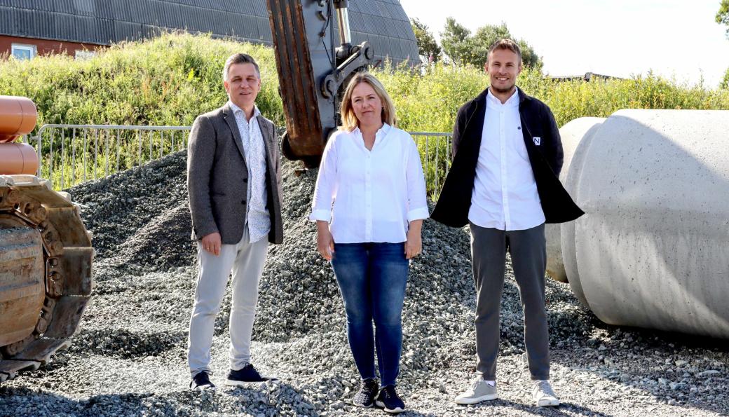 Vassbakk & Stol har samarbeidet med Appex og AktiMed i utviklingen av ErgoAppen. F.v.: Eivind Jul Wibe Fiksdal (Appex), Aslaug Jakobsen (Vassbakk & Stol) og Bjørn Einar Eileraas (AktiMed)