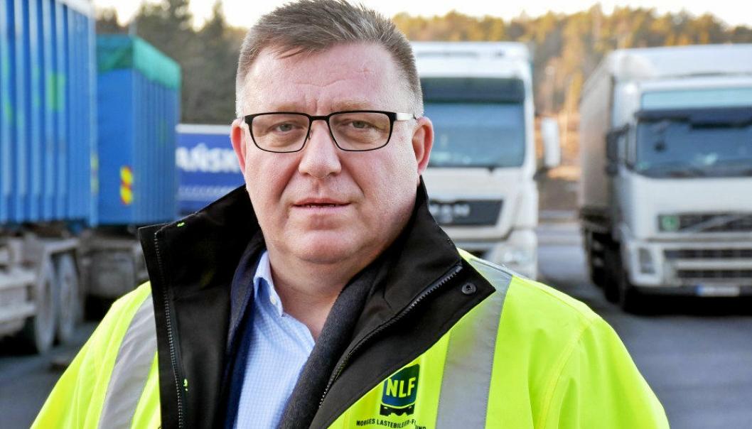 Adm. direktør Geir A. Mo i NLF ber om tydeligere midlertidige covid-19-regler for transportbransjen i Norge nå under pandemien.