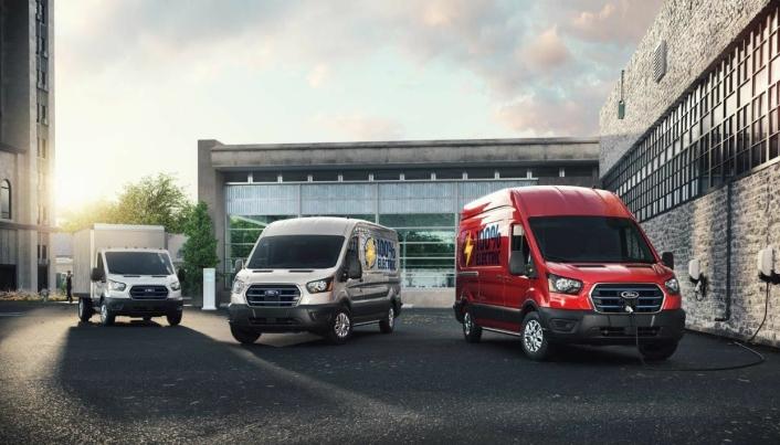 Forskjellige utgaver av den elektriske varebilen fra Ford.