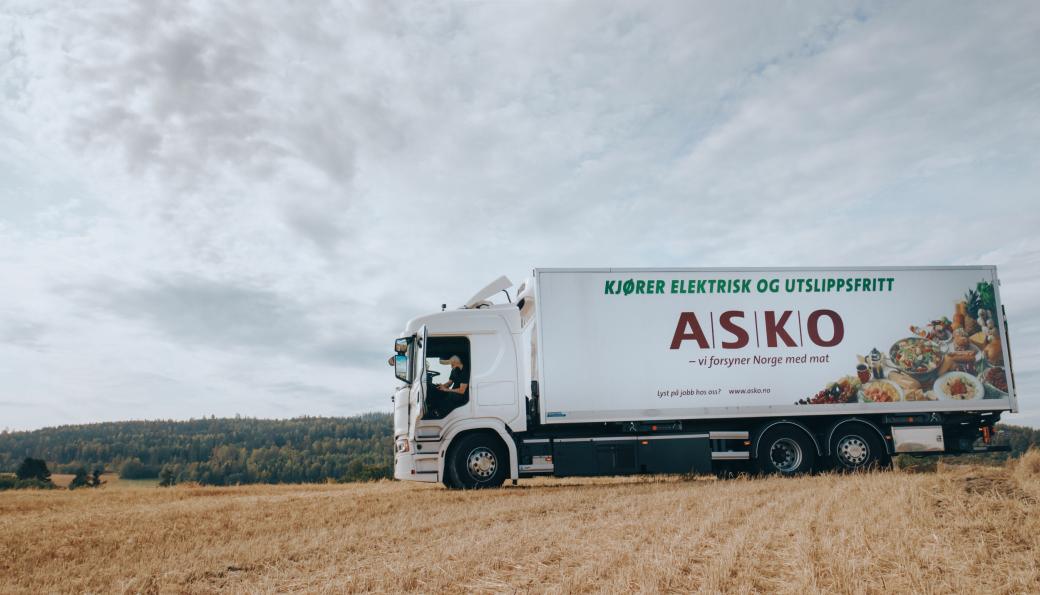 Elektrisk drevet Scania-lastebil i tjeneste for Asko.