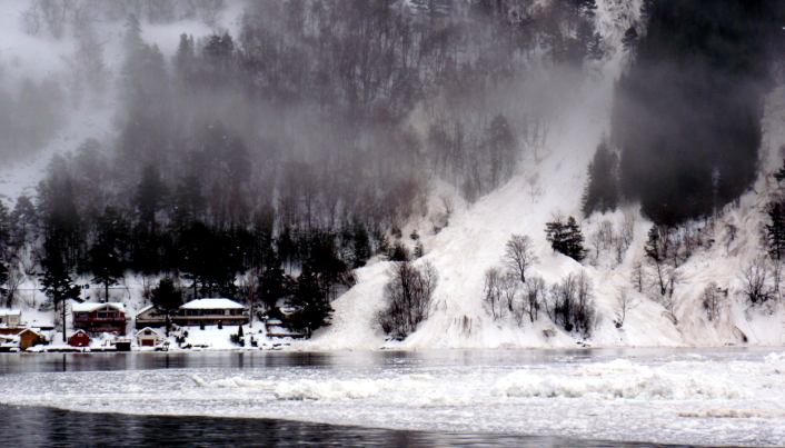 Snøskred i Sunndal kommune, Møre og Romsdal, i 2010.