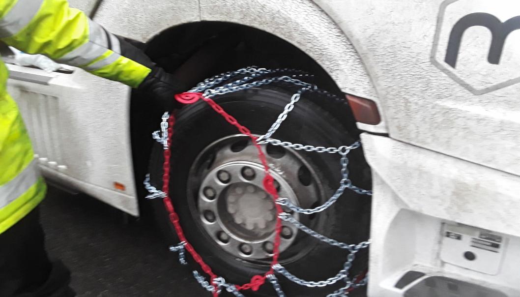 Sjåføren hadde fått seg en overraskelse dersom han hadde fulgt sitt eget råd og kjørt slik...