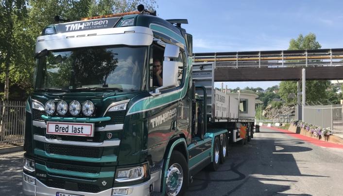 MANGE: Thor Magne Hansen har 24 egne lastebiler, og de fleste har kran.