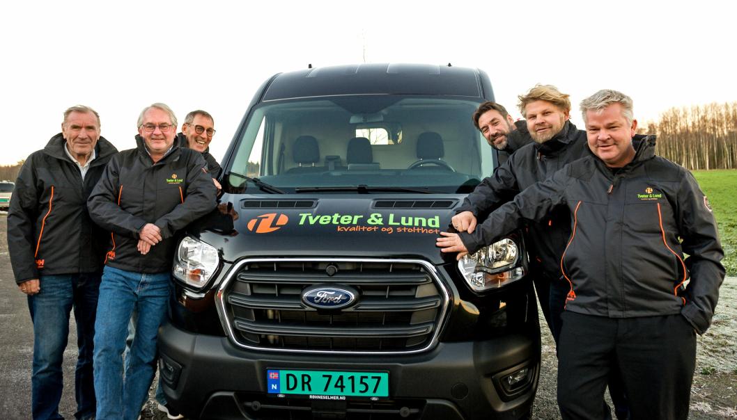 Fra venstre: Bjørn Tveter (eier 35%, grunnlegger), Jarl-Erik Nyseth (eier 20%, Markeds og driftsansvarlig), Øyvind Tveter (grunnlegger som har solgt seg ut), Thor Olav Tveter (eier 16%, prosjektleder), Pål Lund (eier 24 %, arbeidende styreformann) og Per Anders Lund (eier 5%, daglig leder) i Tveter & Lund.