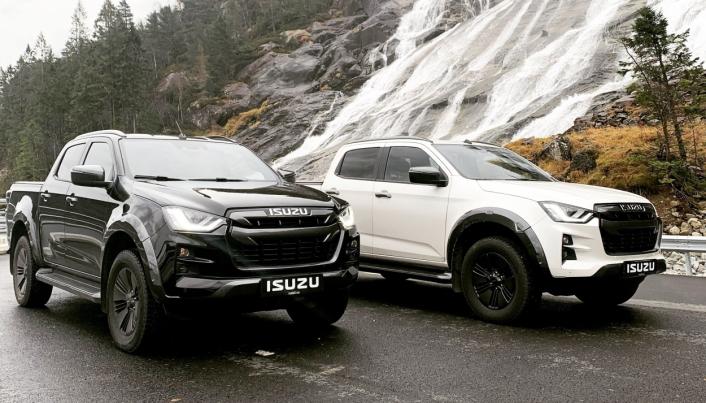 PÅ PLASS: Bilene begynner å komme til Norge og norske kunder.