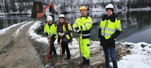 Bygger ny Austvoll bru - 1925-brua skal rives