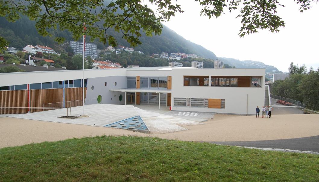 Norconsults avdeling for skoleutvikling har bistått Bergen kommune i flere planleggingsarbeid knyttet til skole-, barnehage- og idrettsanlegg. Nå er de tildelt ny rammeavtale med Bergen kommune. Her fra Landås skole.