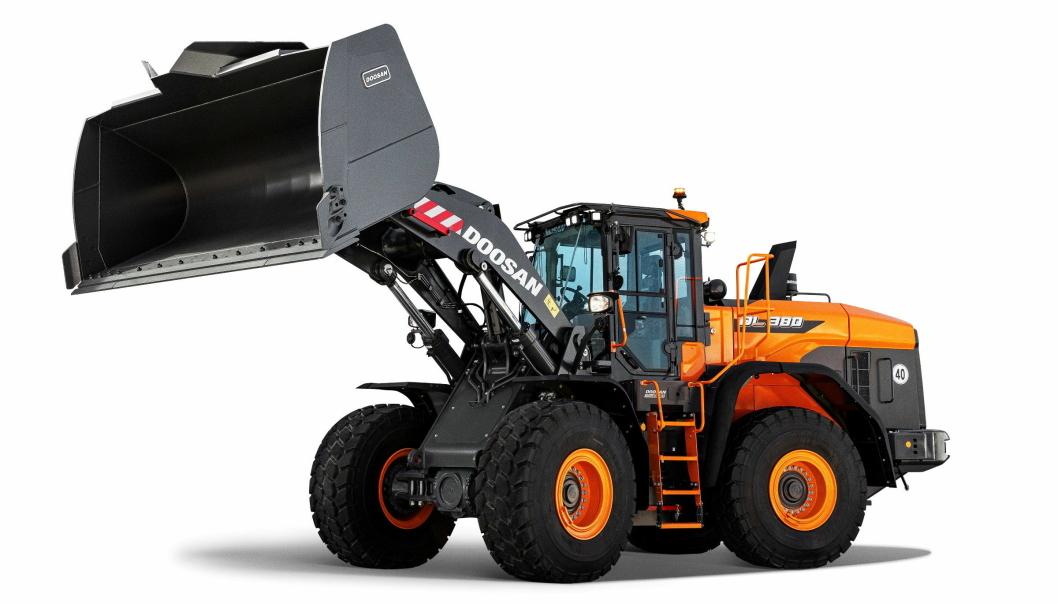 Ny design med illustreres med studiobilde av modellen DL380-7.