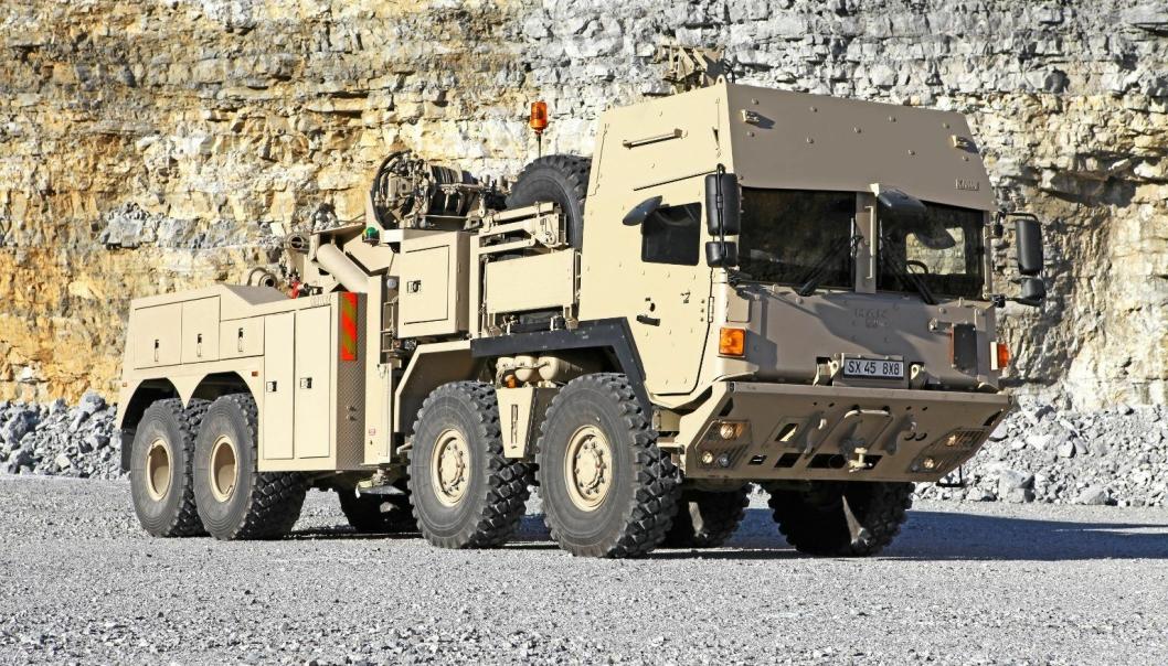 RMMV HTVR 8x8 er en bergingsbil for tøffe jobber, både på og utenfor vei. Forsvaret skal blant annet motta bergingsbiler fra RMMV de kommende årene, men vi kjenner ikke til om et oppsett som på bildet skal til den norske forsvarsmakten.