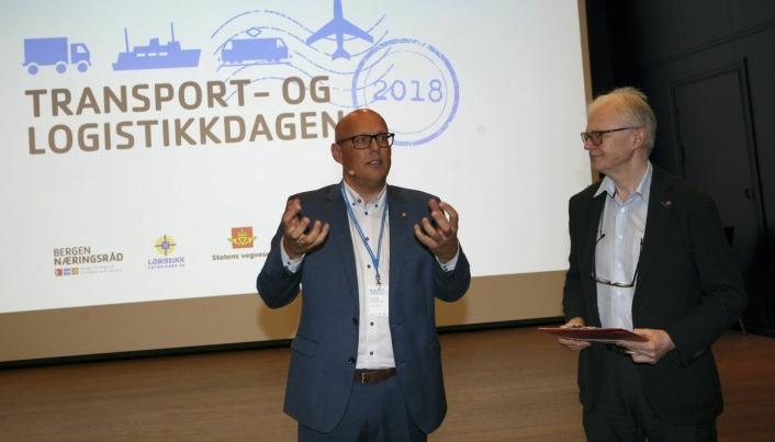 Girtekas Kristian Kaas Mortensen på besøk hos norske logistikere.