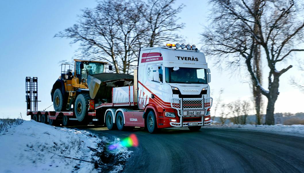 TRØNDER: Tverås Maskin og Transport i Stjørdal har hatt en Scania 770 S det siste året. Uten å egentlig vite hvor sterk den faktisk er.