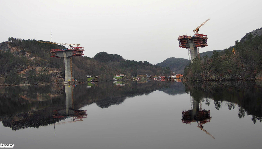 Man kan følge byggingen av brua over Tysfjord i Nye Veier prosjektet LIVE. AF Gruppen er totalentreprenør på prosjektet og Kruse Smith er entreprenør på prosjektet. Foto: Nye Veier