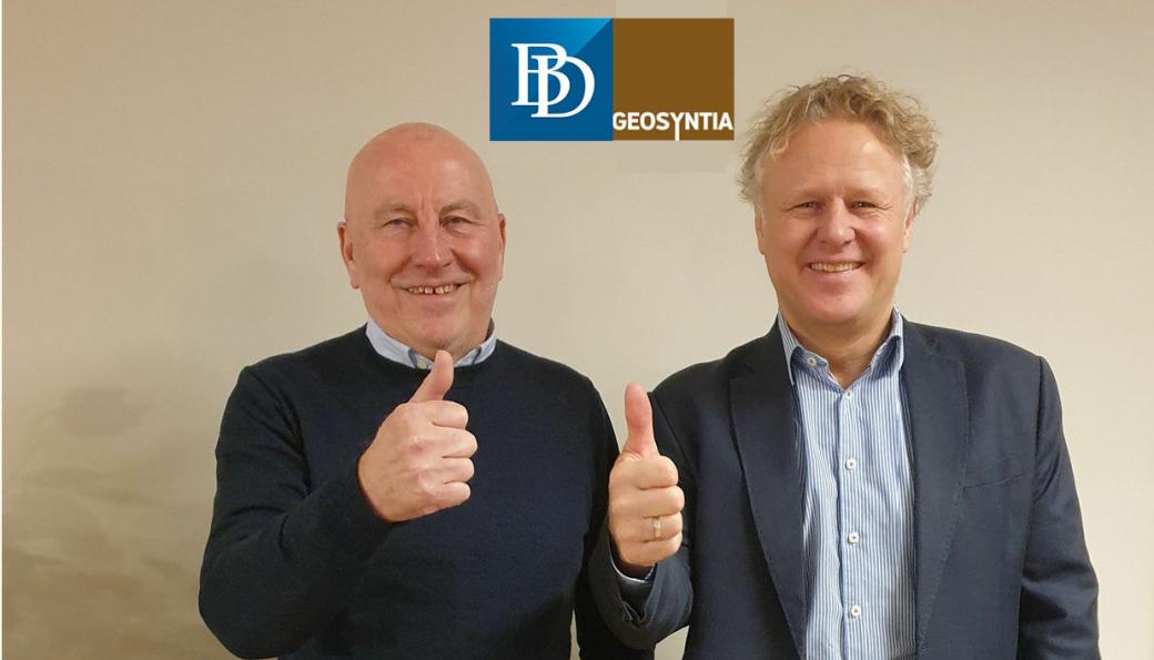 Fra venstre: Terje Ottesen (daglig leder i Geosyntia AS) og Torbjørn Lothe Vik (salgs- og markedsdirektør VMS hos Brødrene Dahl).