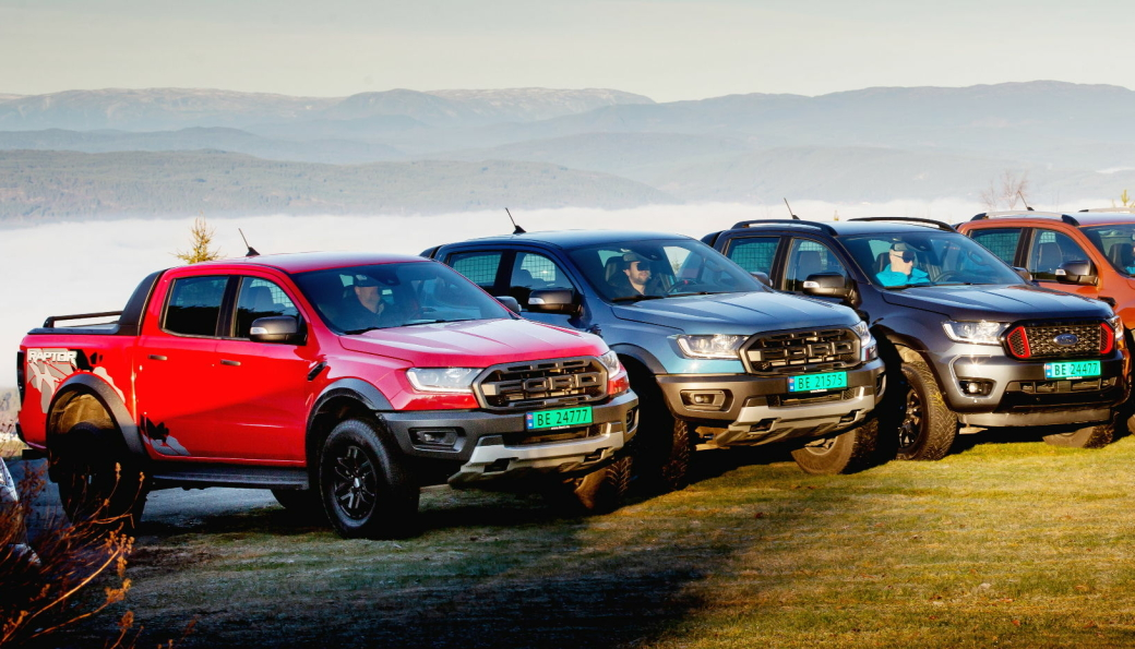 Ford Ranger toppet salgsstatistikken i 2020 med 1232 registreringer. Den leveres i en rekke versjoner (Flere enn på bildet).