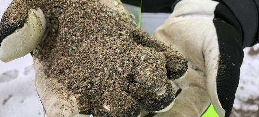 Strør med resirkulert sand/grus