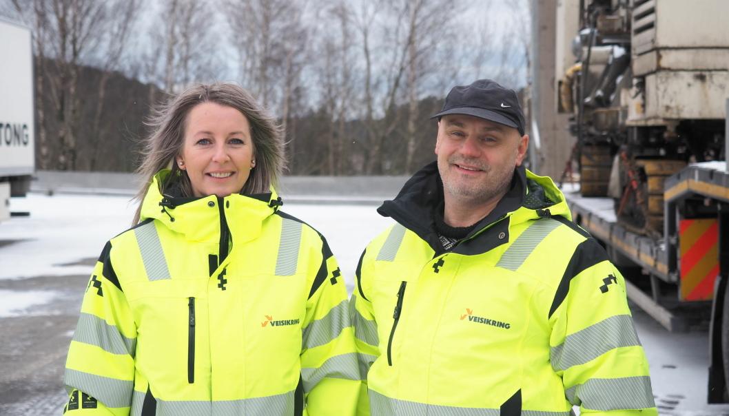 Eva Kvalvik og Bengt Hangeland blir med videre når NCC Profilbetong nå er kjøpt av Veisikring AS.