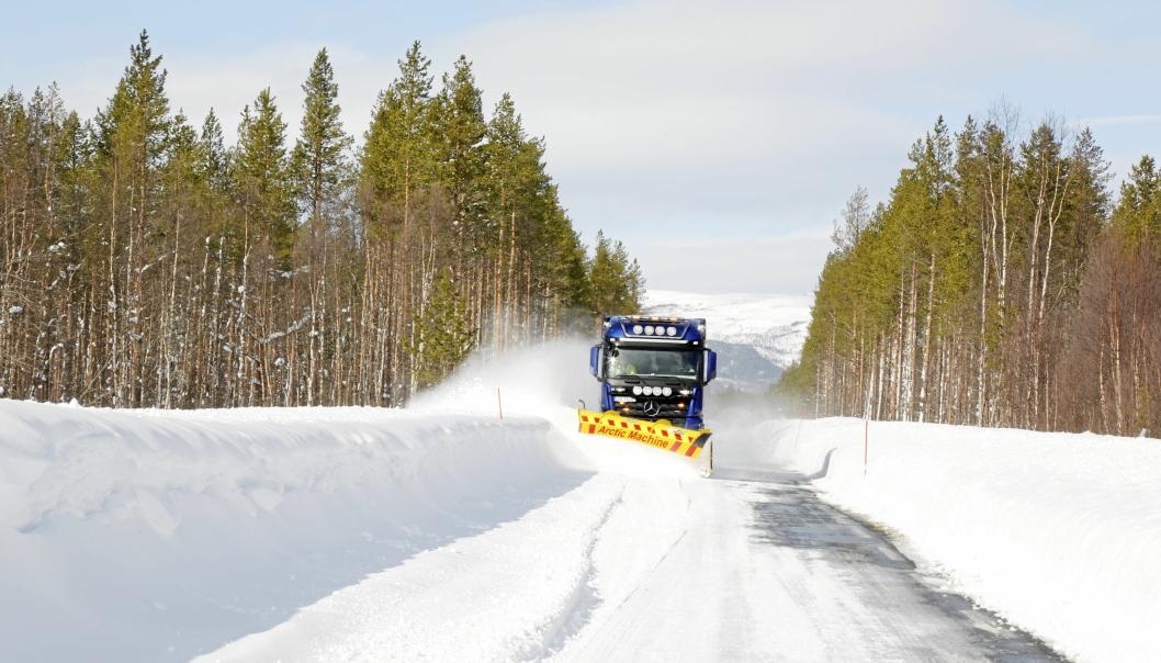 Rene, hvite og tørre vinterveier under rette forhold/temperaturer, har etter dette innleggsforfatterens mening svært mange fordeler. Illustrasjonsfoto: Klaus Eriksen