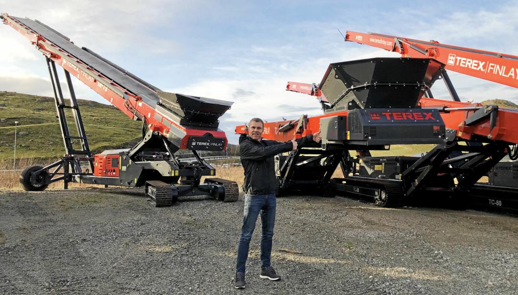 Arne Kenneth Øvstebø i Mineralteknikk AS, her med Terex Finlay-utstyr, har kjøpt opp konkursboet etter Scandia Maskin. Nå skal Øvstebø satse på både Mineralteknikk og Scandia Maskin. Foto: Mineralteknikk