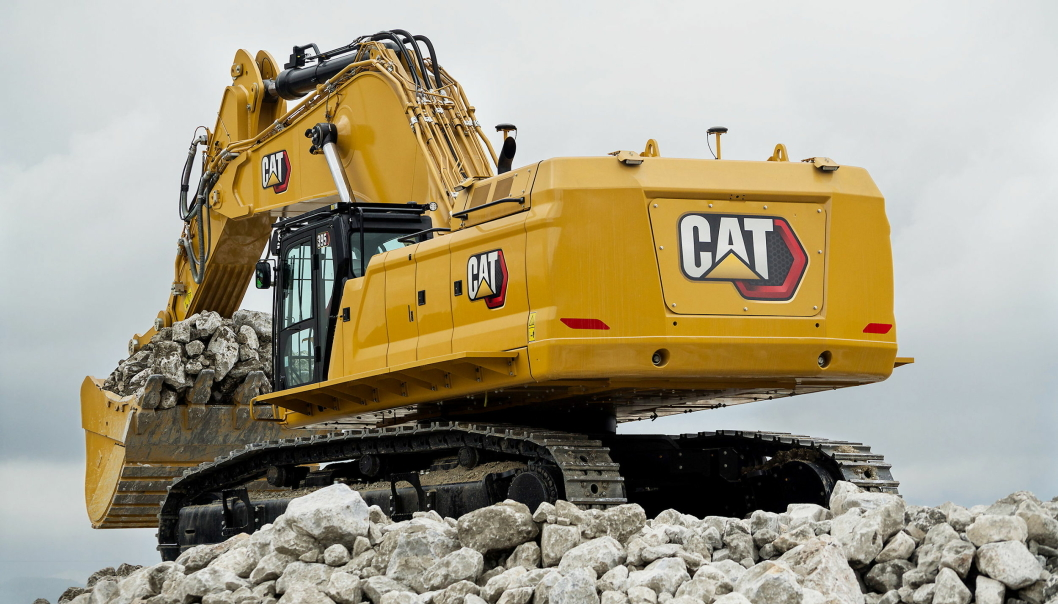 Den største av nyhetene er 94-tonneren Cat 395 som erstatter 390F. Foto: Cat