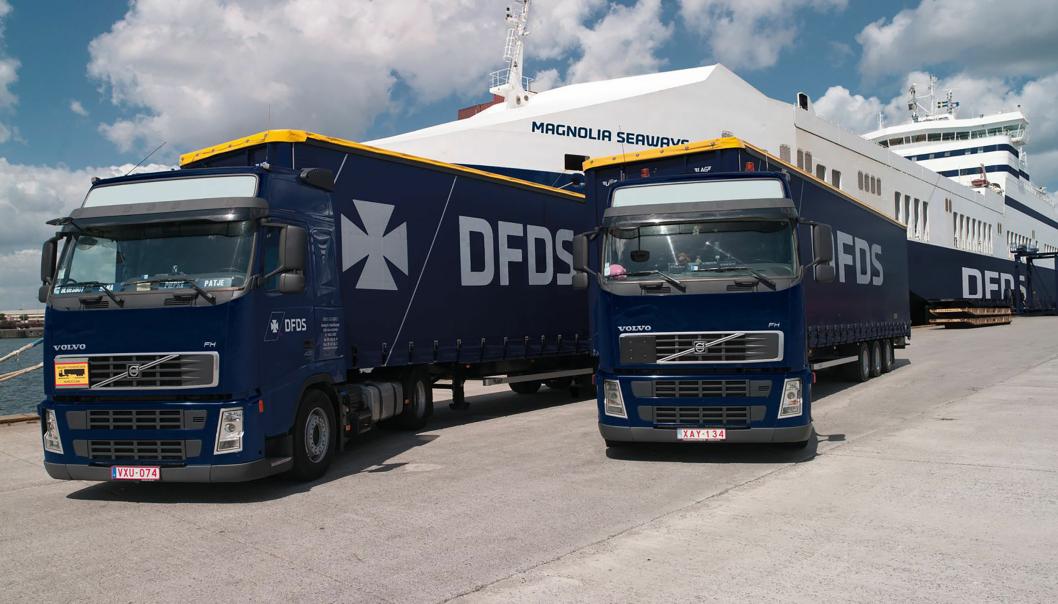 DFDS får en lastebilpark med 700 lastebiler og 1700 kjøletrailere med på kjøpet av HSF Logstics Group.